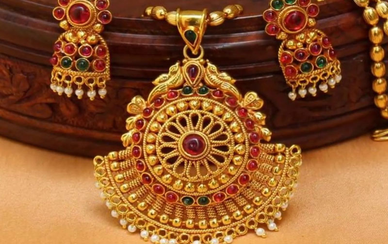 Temple jewellery sets India
