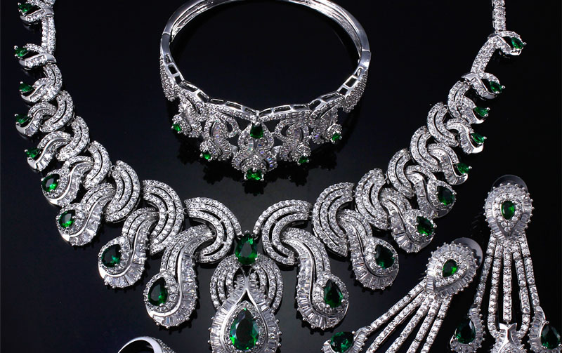emerald jewellery in India